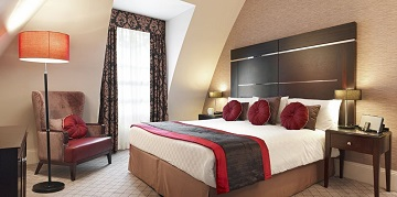 luxury hotel with low cost